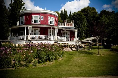 Auberge de La Tour du Lac Cover Picture
