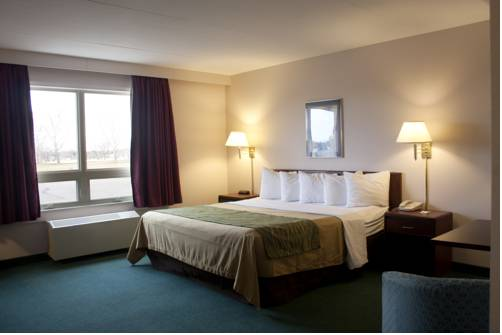 Comfort Inn & Suites Moose Jaw Cover Picture