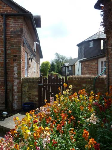 Hunston Mill Self Catering Cottages Cover Picture