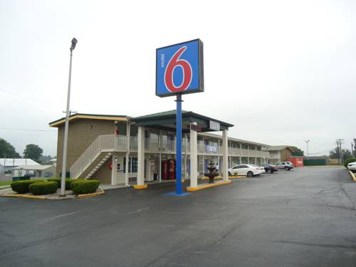 Motel 6 Somerset Cover Picture