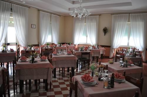 Hotel Esedra Cover Picture