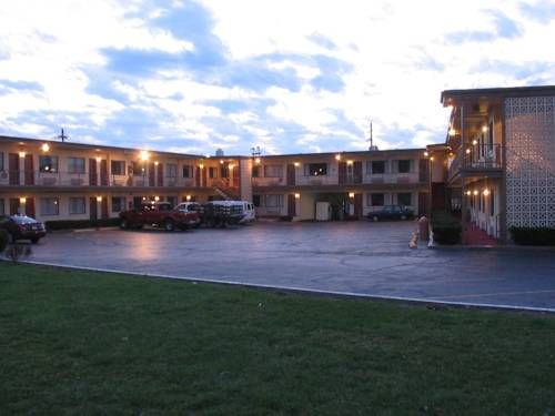Campus Inn Cover Picture