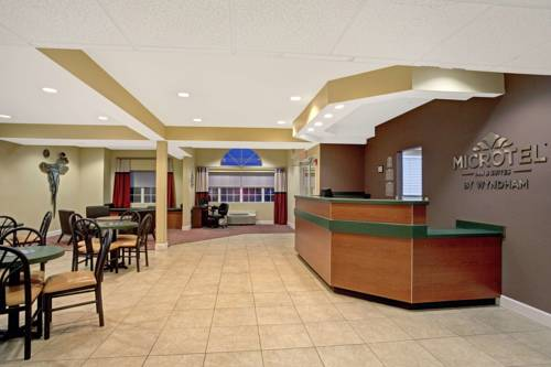 Microtel Inn & Suites by Wyndham Bushnell Cover Picture