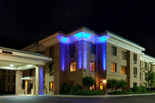 Holiday Inn Express Hotel & Suites Columbia-I-20 at Clemson Road Cover Picture