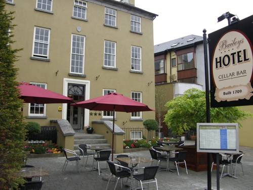 Baileys Hotel Cashel Cover Picture