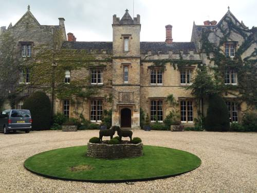 The Manor at Weston On The Green Cover Picture