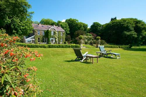 The Glen Country House Cover Picture