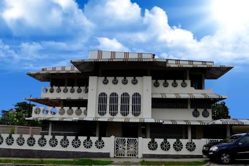 Dumas Villa Hostel Cover Picture