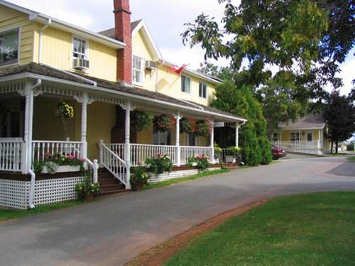 Shining Waters Country Inn Cover Picture