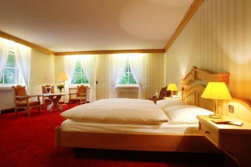 Hotel Elfbuchen Cover Picture