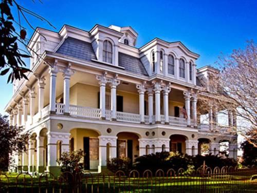 Dansereau House Cover Picture