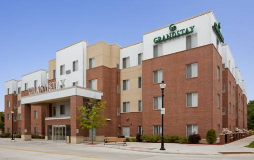 GrandStay Hotel & Suites Downtown Sheboygan Cover Picture