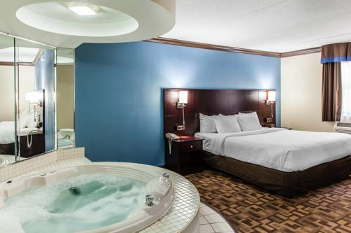 Quality Inn & Suites Quakertown Cover Picture
