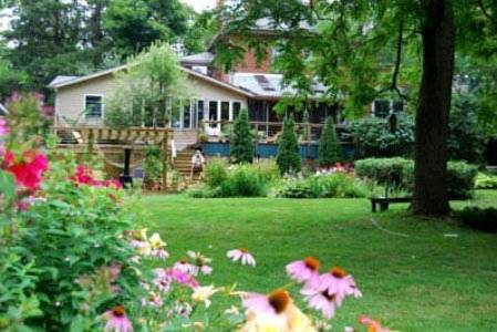 Harbourne-by-the-Lake Bed & Breakfast Cover Picture