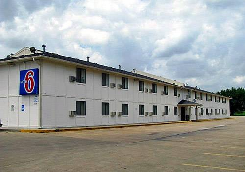 Motel 6 Emporia Cover Picture