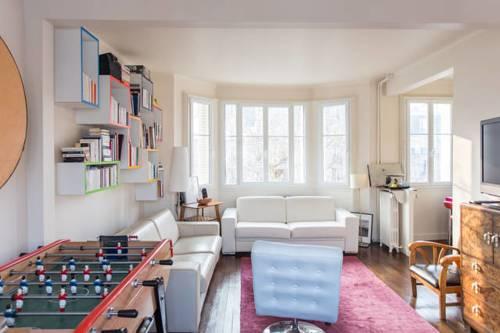 Paris Auteuil Cover Picture