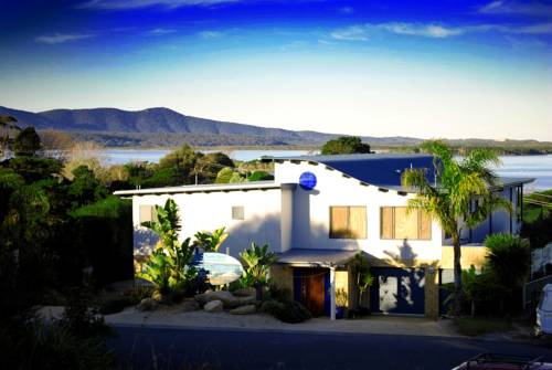 The Wave Oasis SC B&B Cover Picture