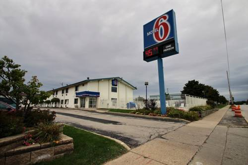 Motel 6 Milwaukee South - Airport Cover Picture