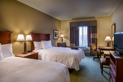 Hampton Inn and Suites Salem Cover Picture