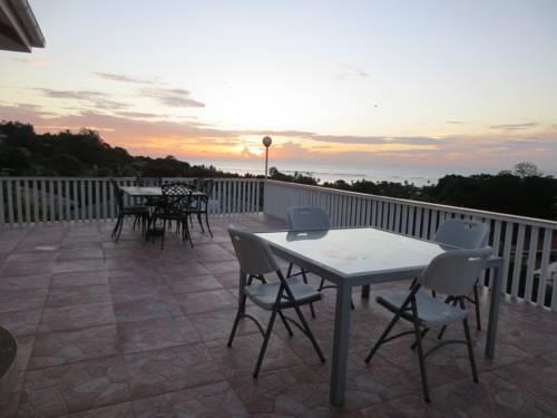 Reef Villa Cover Picture