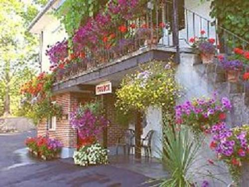 Cherry Tree Inn Cover Picture