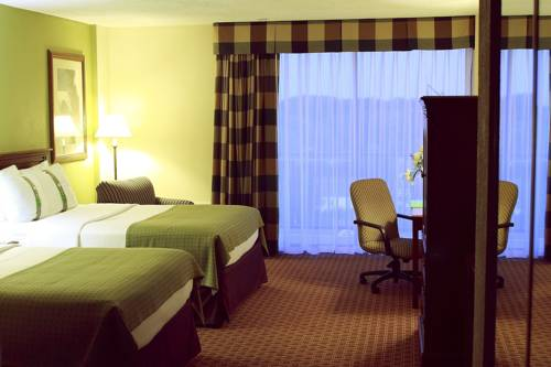 Saddle Brook Hotel Cover Picture