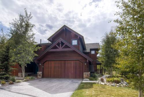 Highland Greens Townhome 19 by Colorado Rocky Mountain Resorts Cover Picture
