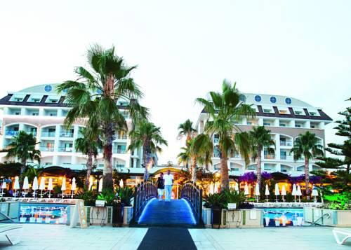 Vera Mare Resort Cover Picture