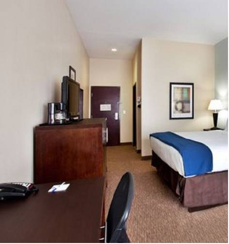 Holiday Inn Express Eunice Cover Picture