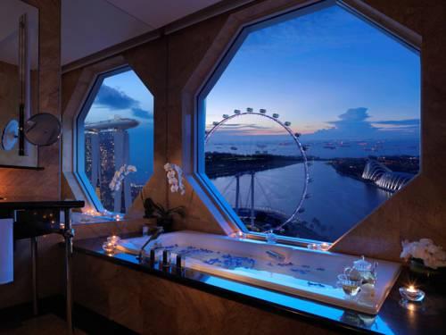 The Ritz-Carlton, Millenia Singapore Cover Picture