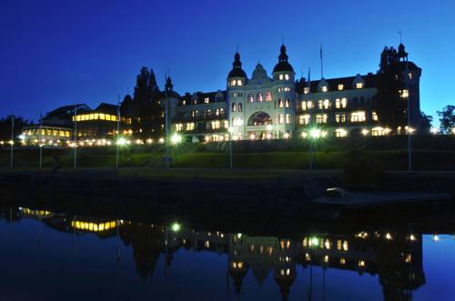 Grand Hotel Saltsjöbaden Cover Picture