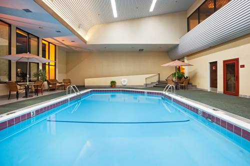 Crowne Plaza Hotel Hickory Cover Picture