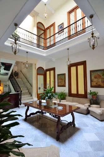 Nuevo Hotel Cover Picture
