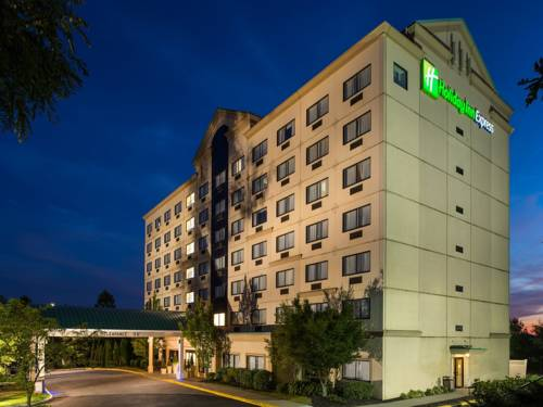 Holiday Inn Express Hauppauge-Long Island Cover Picture