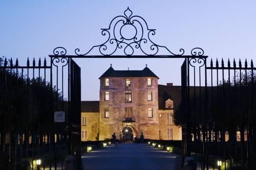 Château De Villiers-Le-Mahieu Cover Picture