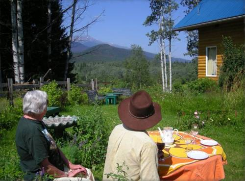 Teepee Meadows Guest Cottages Cover Picture