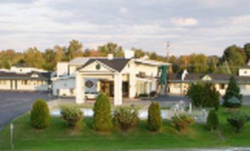 Golden Circle Inn and Suites Cover Picture