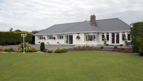 Fairlawns Bed & Breakfast Cover Picture