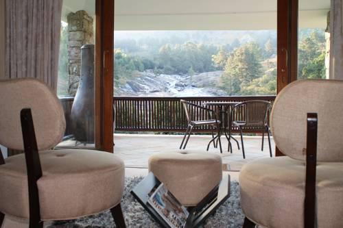Silverstone Lodge Cover Picture