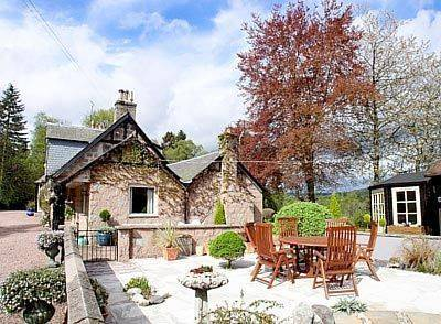 Croiscrag Cottage Cover Picture