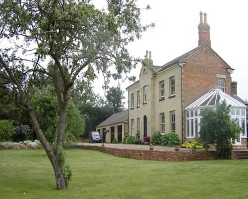 Woodleys Farmhouse Cover Picture