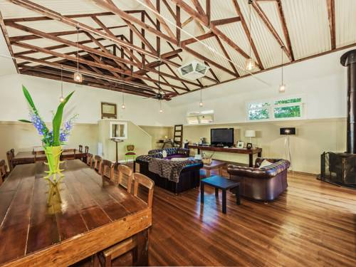 Tuck Inn Yarra Valley Cover Picture