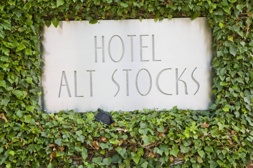 Hotel Alt Stocks Cover Picture