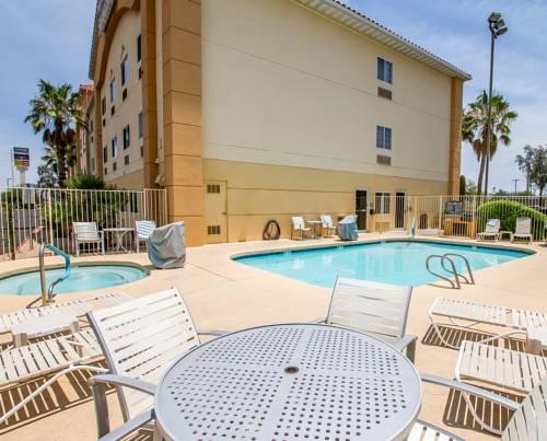 Comfort Suites Peoria Sports Complex Cover Picture