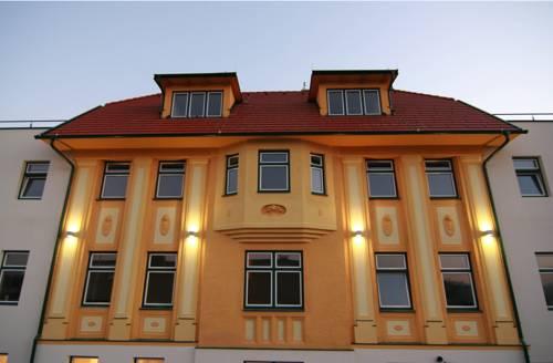 Hotel Kaiservilla Cover Picture