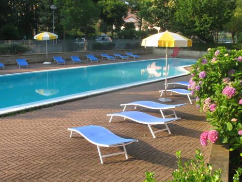 Hotel La Pineta Cover Picture