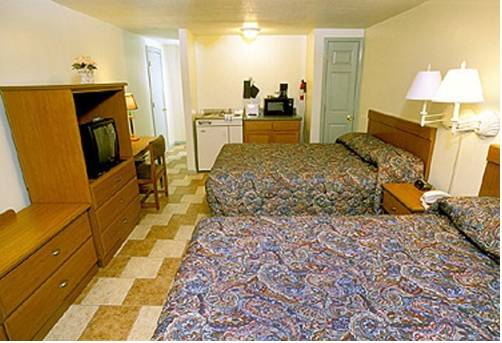 Buccaneer Motel & Beach Suites Cover Picture