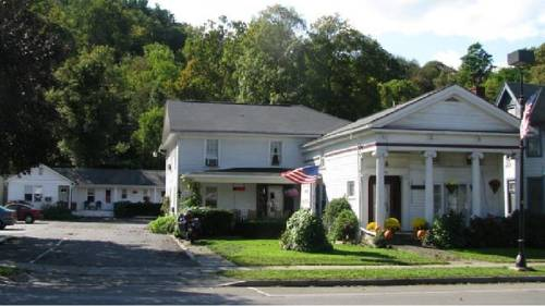 The Colonial Inn & Motel Cover Picture