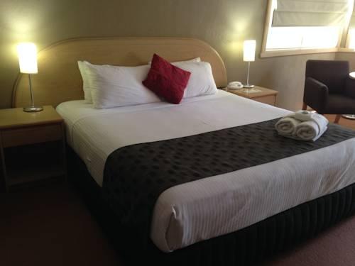 Statesman Hotel Cover Picture