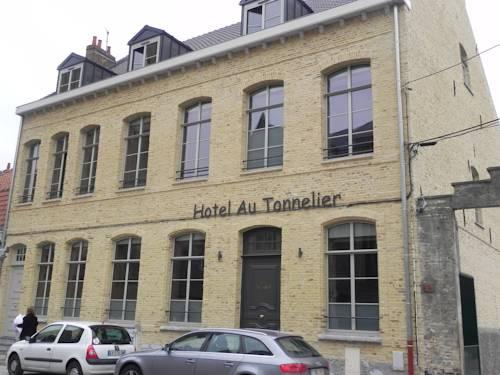 Au Tonnelier Cover Picture